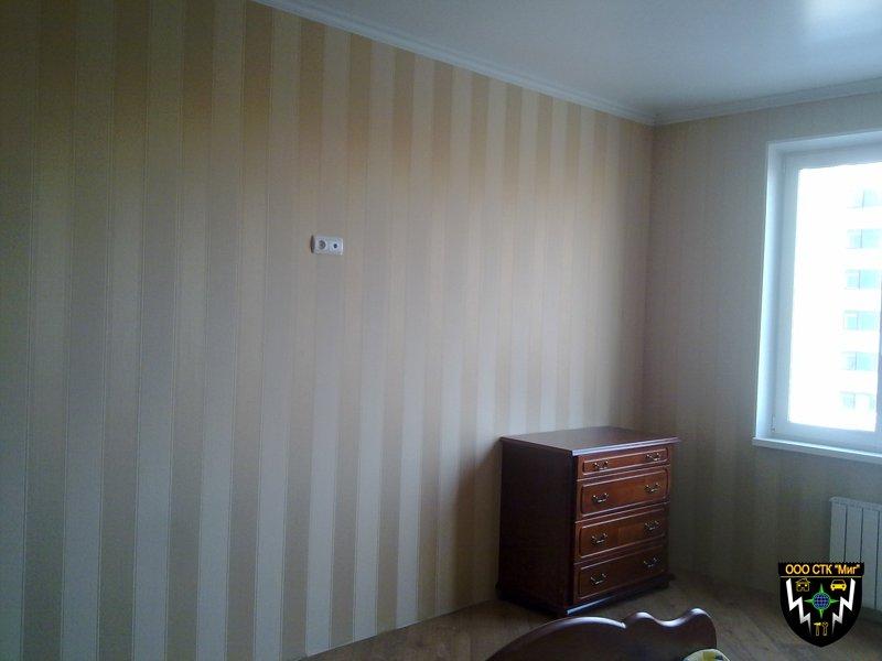 Поклейки обоями стен или потолка, цена за м2, любая сложность